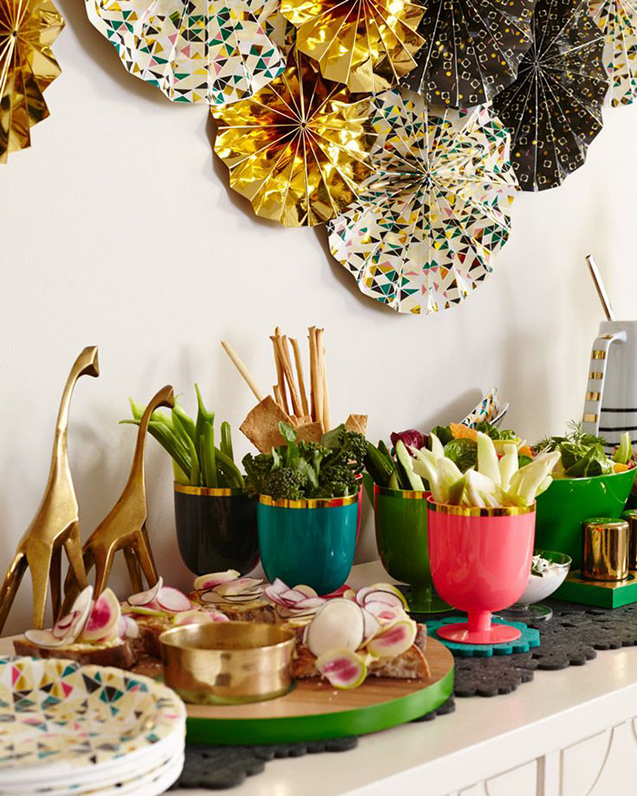 Throwing A Christmas Party At Home: 10 Tips To Throwing The Perfect Christmas Dinner Party