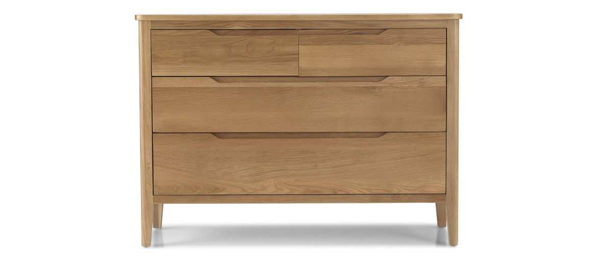 Kutaz Oak 4 Drawer Wide  Chest
