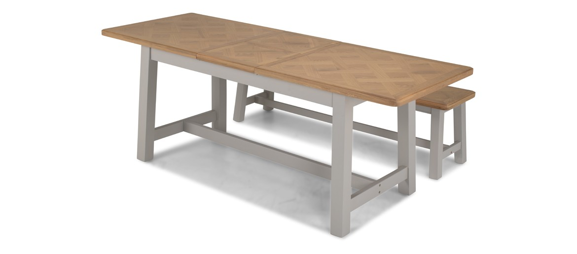 Aldington Painted Ext Dining Table with 2 Benches
