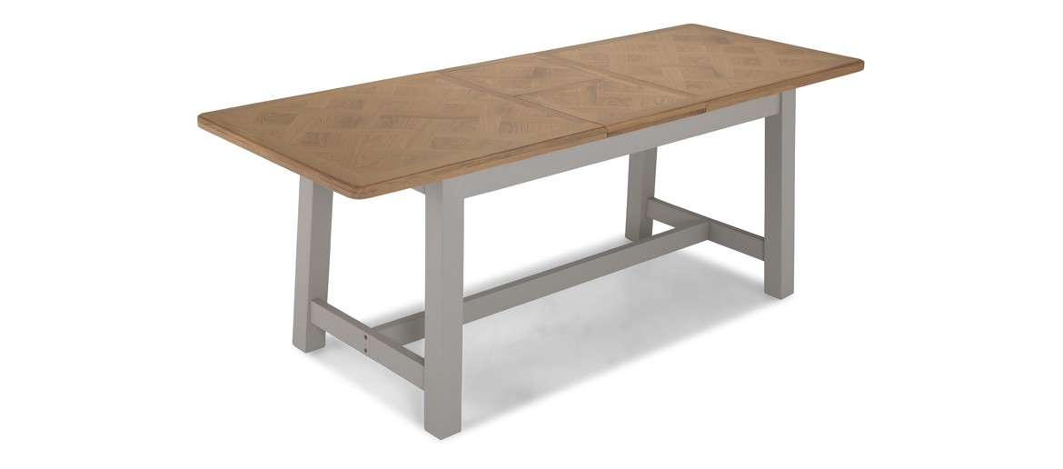 Aldington  Painted Extended Dining Table