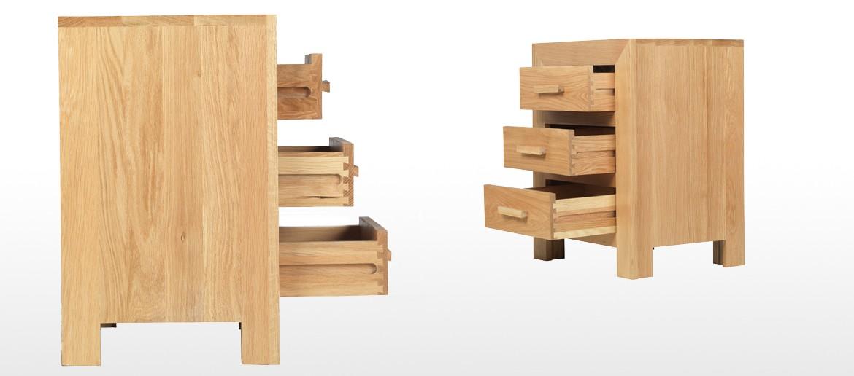 Cube Oak 3 Drawer Bedside Cabinet