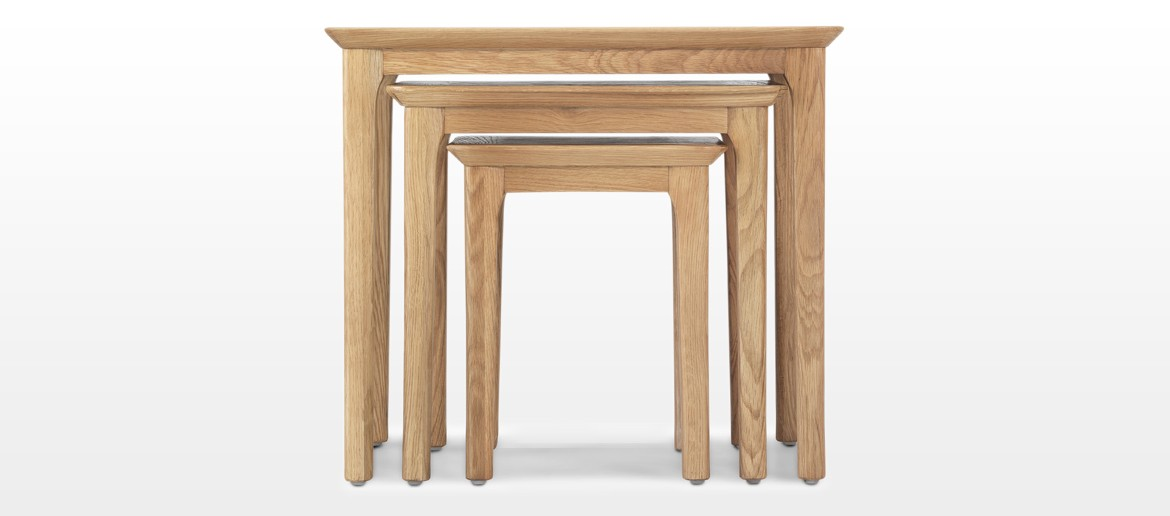 Hayman Oak Nest of 3 Tables