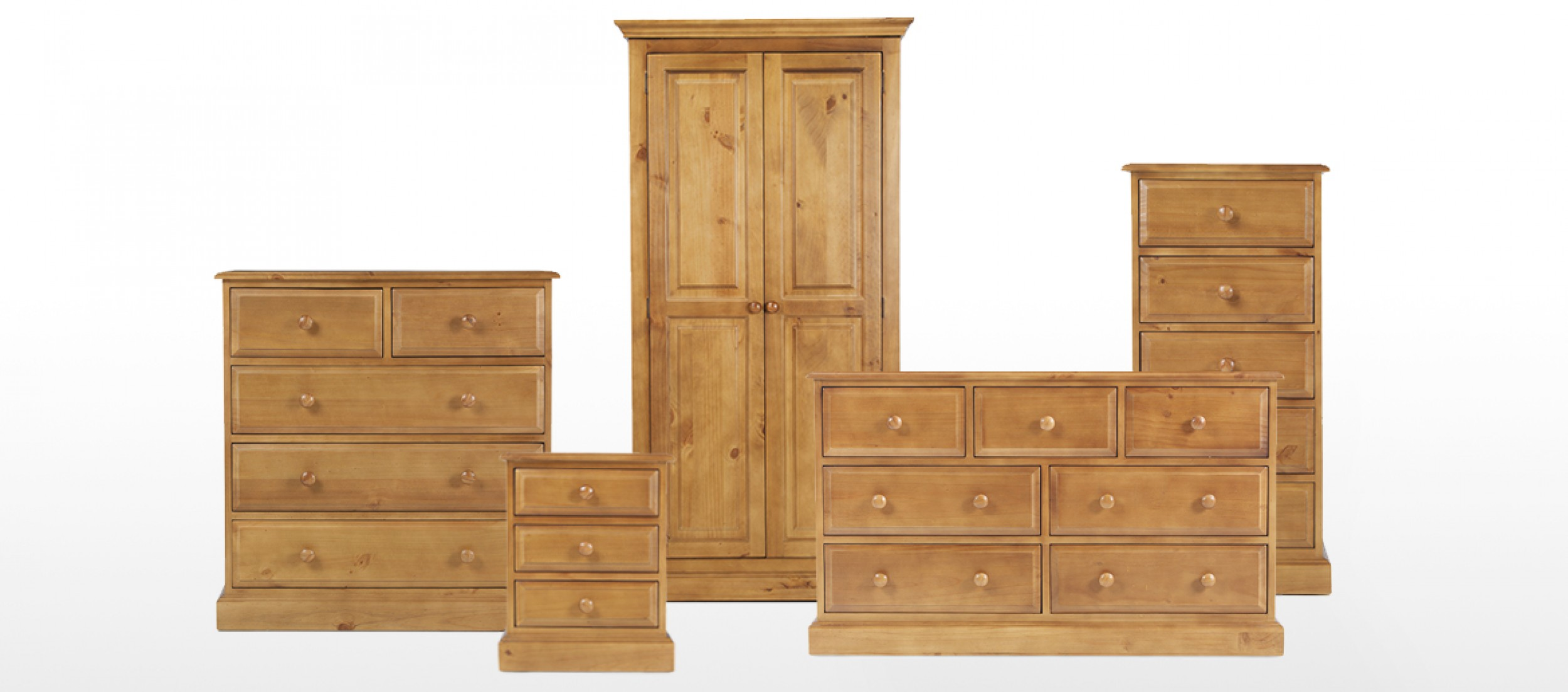 Essentials pine 6 drawer chest of drawers quercus living for 1 door 6 drawer chest
