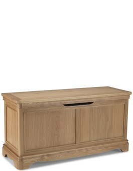 Kilmar Natural Oak Bedroom Blanket Box